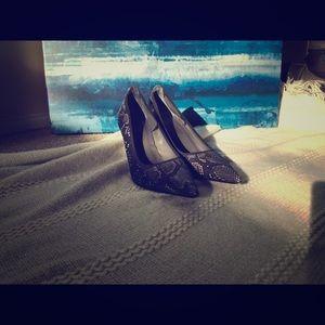 Donald J Pliner womens heels